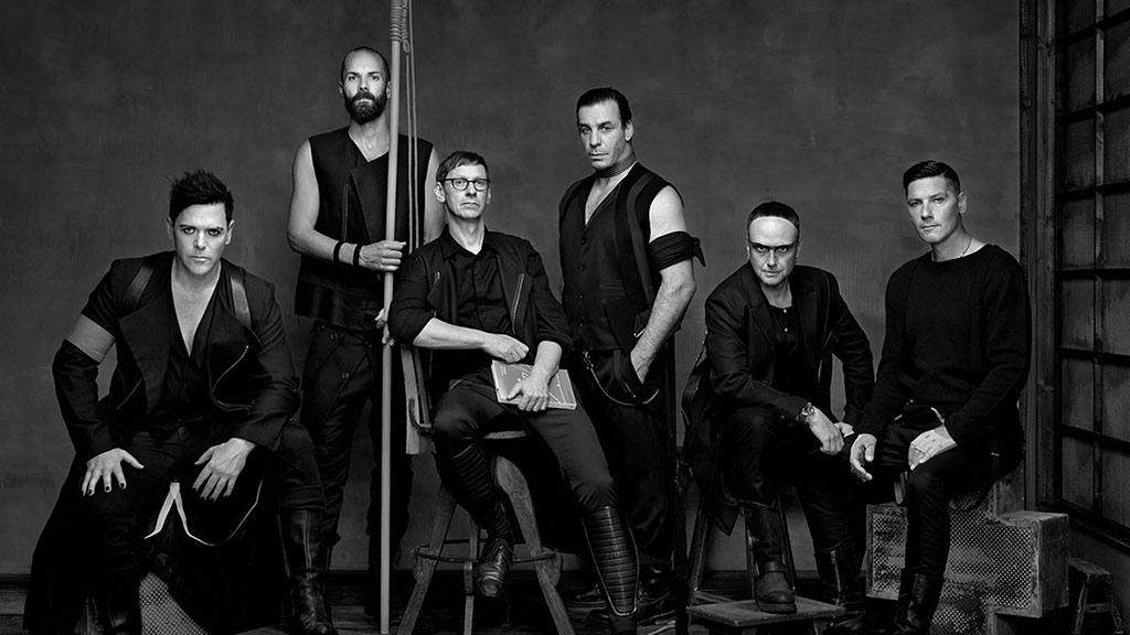 德国重金属乐队战车乐队 Rammstein 最新单曲引强烈争议,胆小慎入  🙈