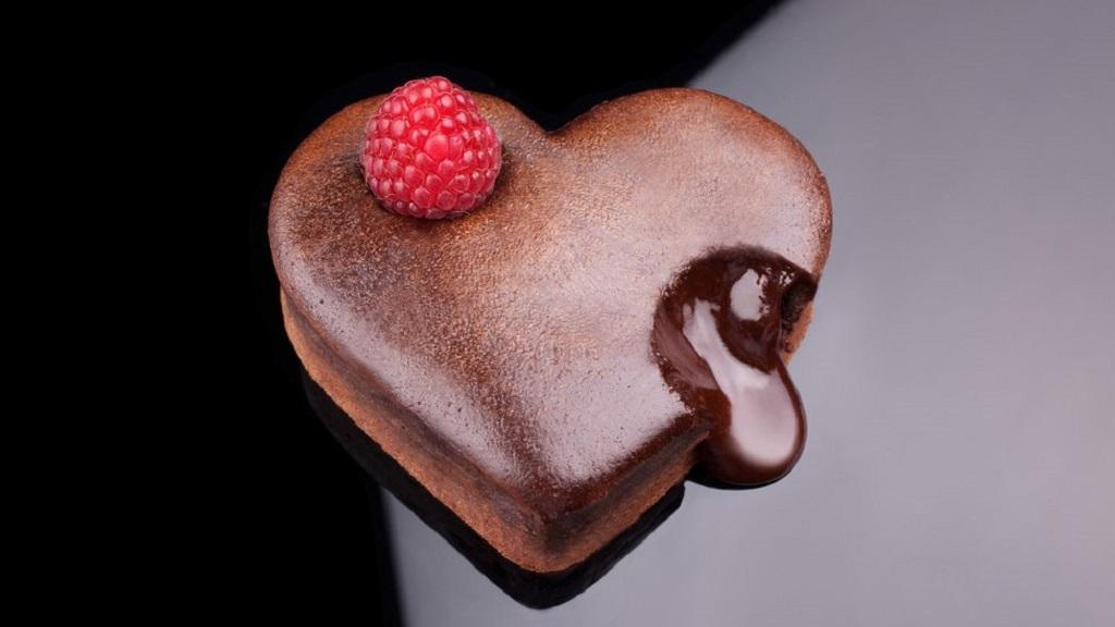 吃货看过来,自制巧克力熔岩蛋糕了解一下?🎂