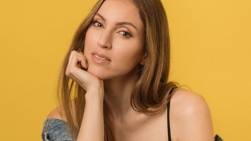 法国小姐姐翻唱《Perfect》,带给你不一样的女生视角