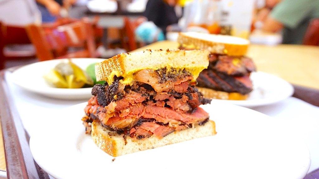 纽约城最美味的牛肉三明治,安排!