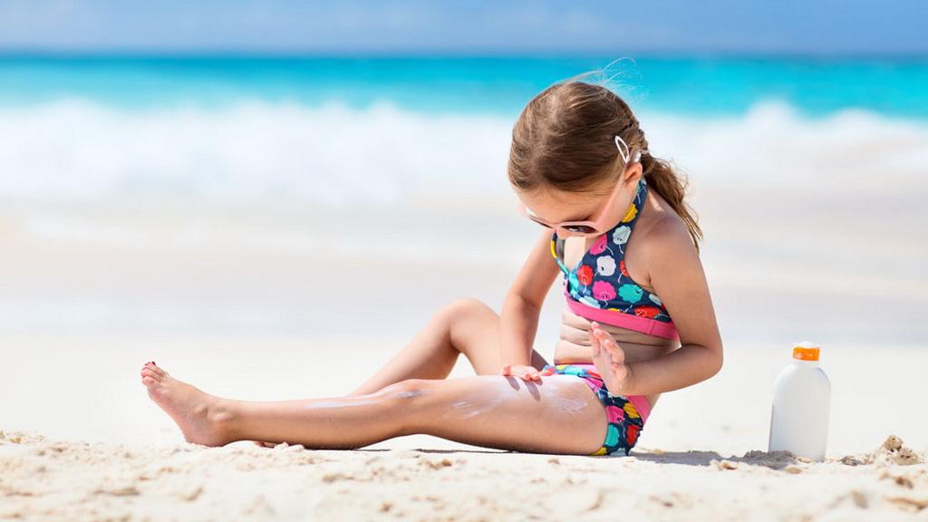 夏天要到了,防晒可千万不能忽视哦!一个小动画,告诉你防晒霜的重要性~