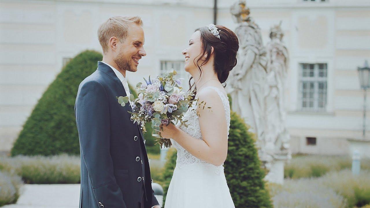 穿最美的婚紗,嫁給最愛的人,是女人一輩子的幸福吧!